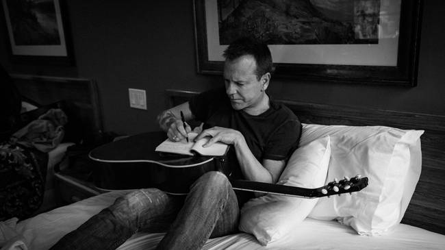 Kiefer Sutherland Gets Personal On Debut Album 'Down In a Hole'