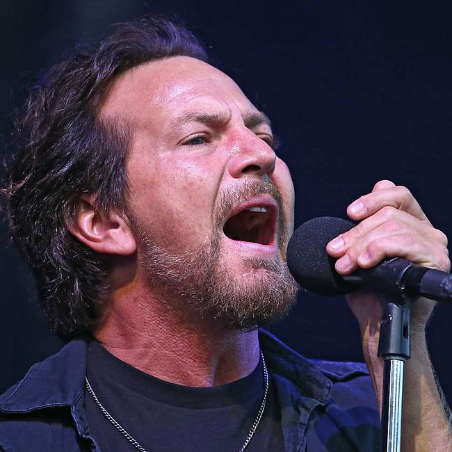 Pearl Jam's Return to Wrigley Field Was a Triumphant Marathon of Covers, B-Sides, and Goodwill