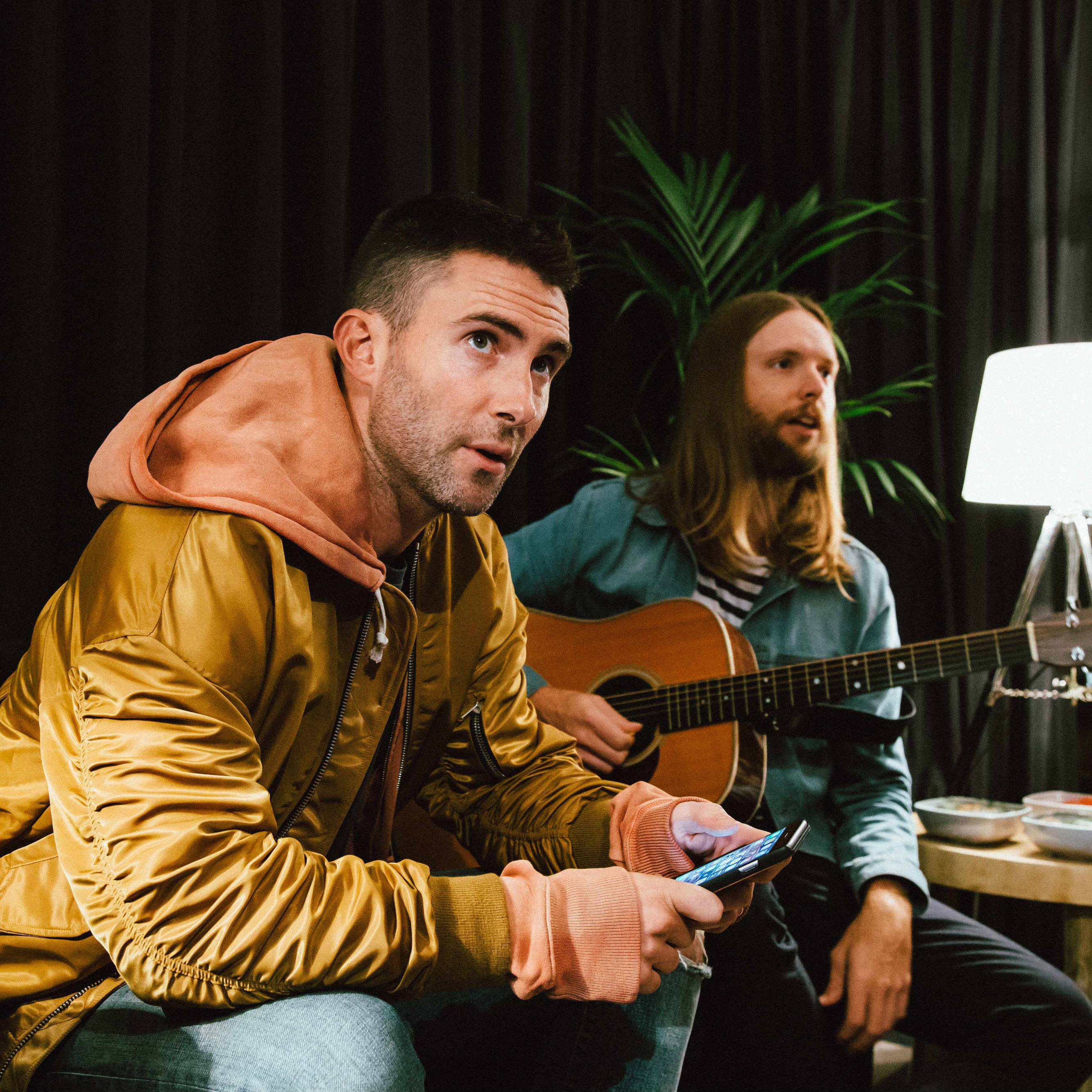 Premiere maroon 5 takes us behind the scenes at rock in rio premiere maroon 5 takes us behind the scenes at rock in rio lisboa live nation tv kristyandbryce Image collections